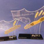 Trophée Baguette d'or 2016 - Trophée d'art métier - Personnalisation verre sablé - Marquage personnalisé sur socle noir