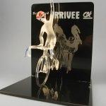 Trophée événementiel - Trophée cycliste - Brassard 2004 - Hauteur 70 cm - Art Verrier