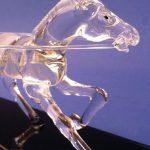 Trophée sculpture 2016 - Plan rapproché du cheval au trot attelé - Art Verrier