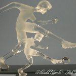 Trophée football - Trophée cadeau d'art - Footballeurs en verre - Deux dimensions pour statuettes joueurs de foot - Rhénald Lecomte - Art Verrier