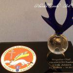 Trophée gendarmerie en verre 2018 - Grenade stylisée - Socle en verre noir et marquage logo - Art Verrier