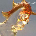 Trophée sculpture cheval en verre - Trophée d'art animalier 2019 - Passion du cheval exprimée à travers un cheval en verre plein façonné au chalumeau - Art Verrier