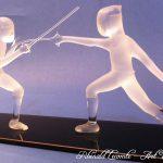 Trophée escrime - Trophée d'art escrime 2019 - Match d'escrimeurs sculptés en verre - Rhénald Lecomte - Art Verrier